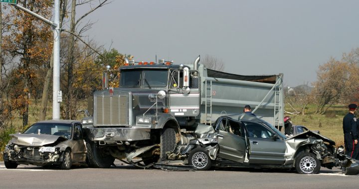 Tips to get the best truck accident lawyer: