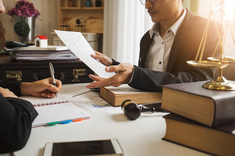 When To Call a Personal Injury Lawyer